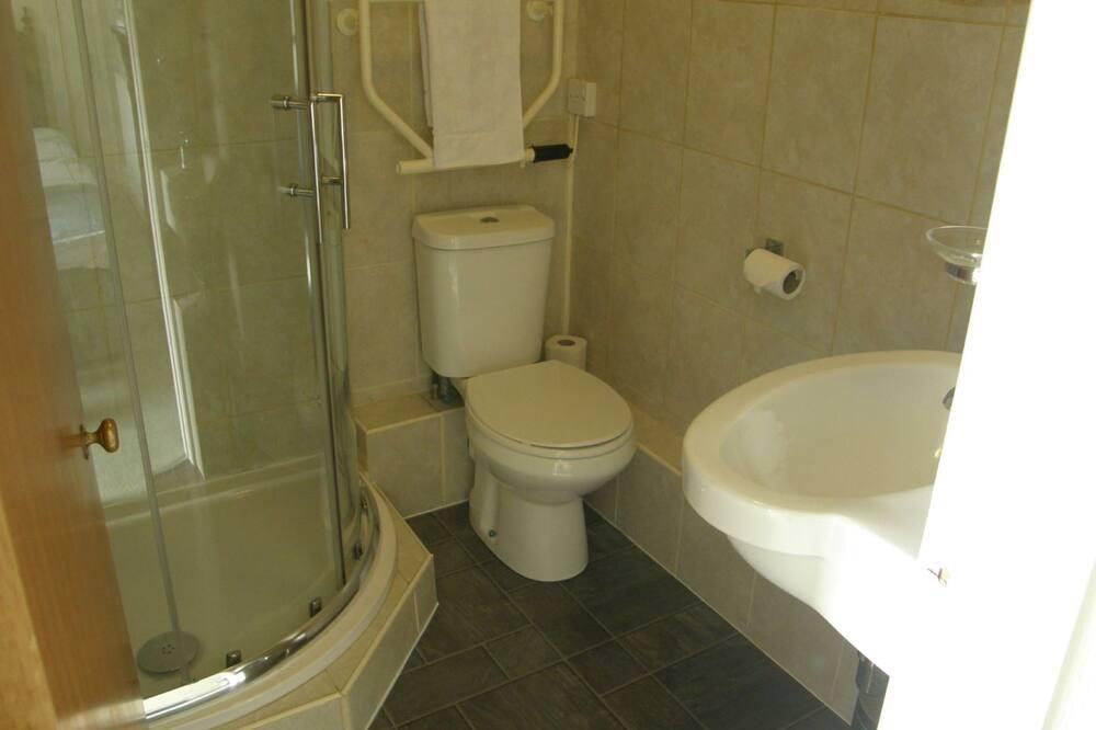 Superior Δίκλινο Δωμάτιο (Twin), Μπάνιο στο δωμάτιο, Θέα στο Βουνό (Iowirth (Room 3)) - Μπάνιο