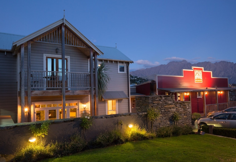 The Dairy Private Hotel by Naumi Hotels, Κουίνσταουν, Πρόσοψη ξενοδοχείου - βράδυ/νύχτα