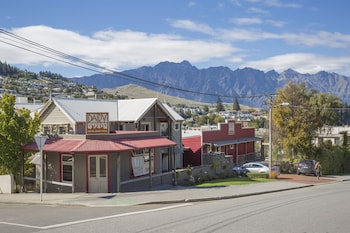 Picture of The Dairy Private Hotel in Queenstown