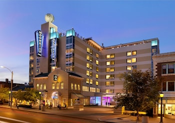 Picture of Moonrise Hotel in St. Louis