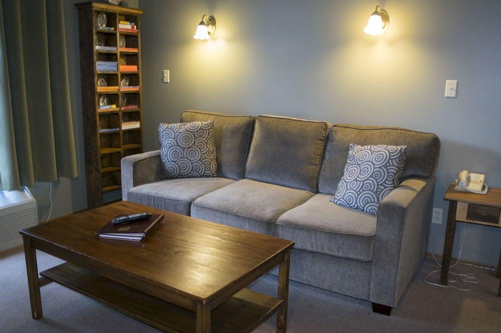 סוויטת דה-לוקס, 2 מיטות קווין, אח - אזור מגורים