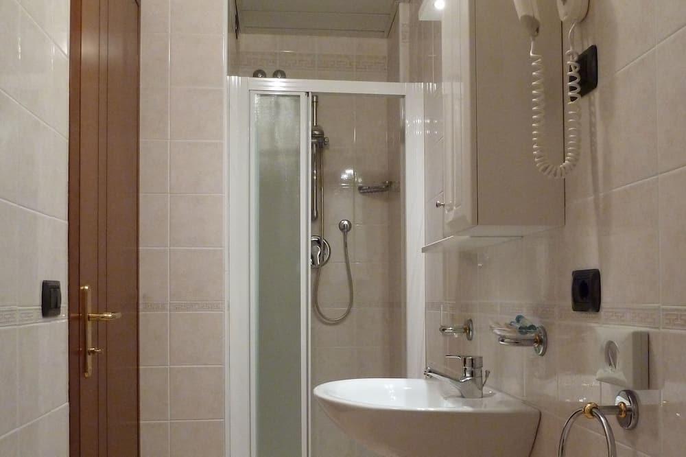 Triple Room - Kamar mandi