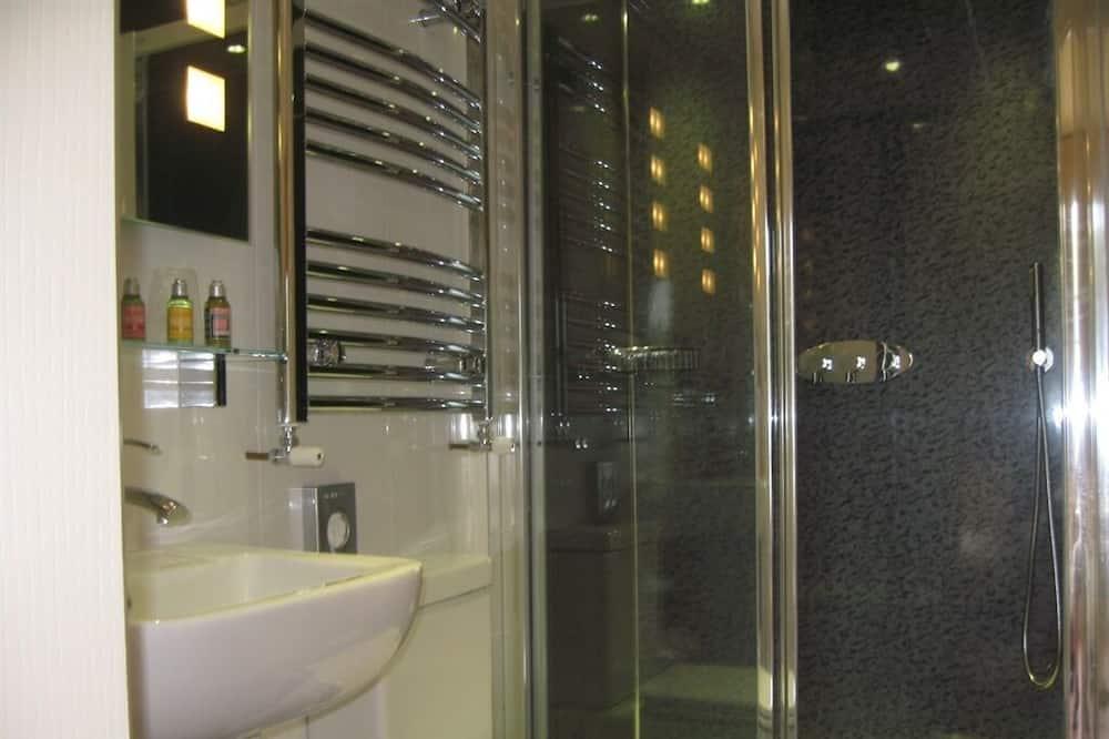Habitación doble Deluxe, baño privado (Four Poster) - Baño