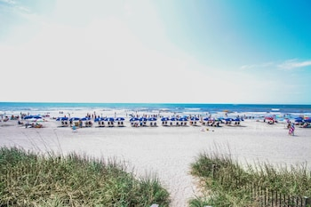 Picture of Bahama Sands Luxury Condominiums by Oceana Resorts in North Myrtle Beach