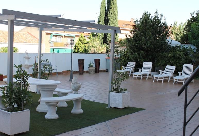 Hotel Barajas Plaza Madrid, Madrid, Area Keluarga