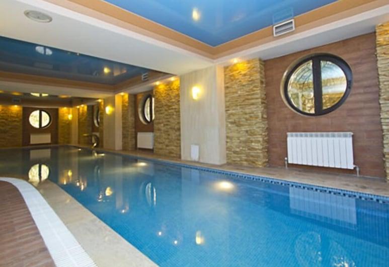 Hotel Kazzhol Almaty, Алмати, Критий басейн