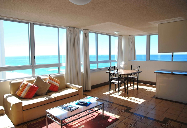 The Shore Apartments, Surfers Paradise, Superior 1 Bedroom Oceanfront or Balcony, Ocean View (Wifi 500mbs/day & 1 Car Park), Living Area