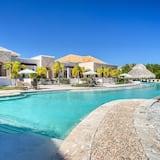 Xeliter Golden Bear Lodge & Golf - Free WiFi, Cap Cana