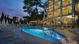 Book this Pool Hotel in Garda