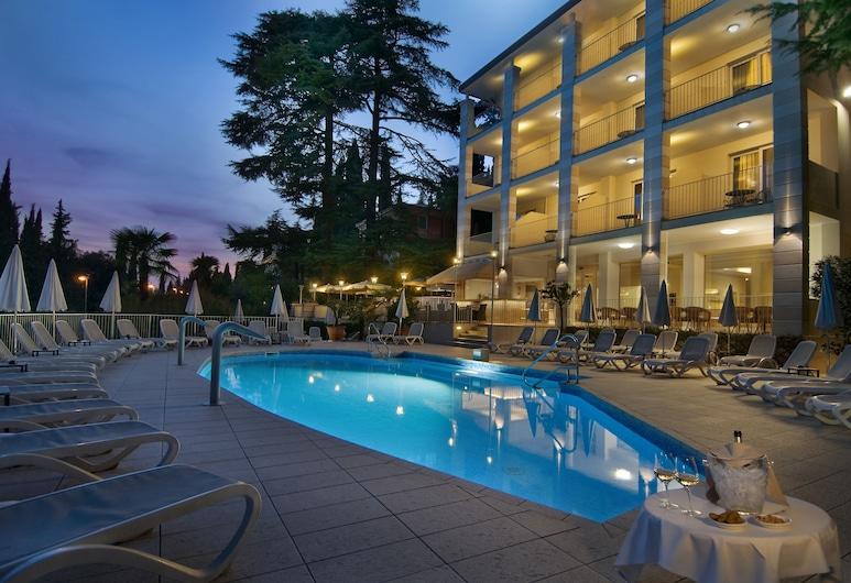 Hotel Excelsior Le Terrazze, Garda, Alberca