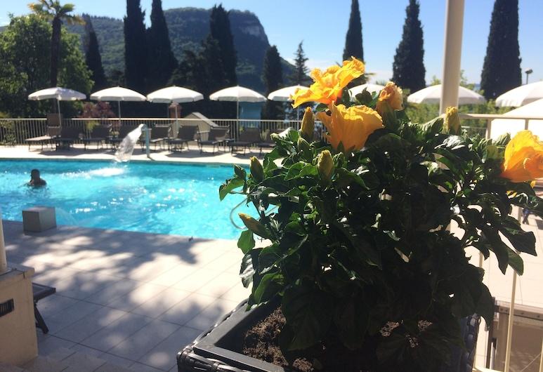 Hotel Excelsior Le Terrazze, Гарда, Відкритий басейн