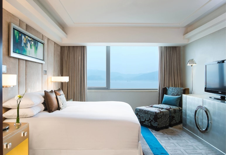 Hong Kong SkyCity Marriott Hotel, Chek Lap Kok, Guest Room