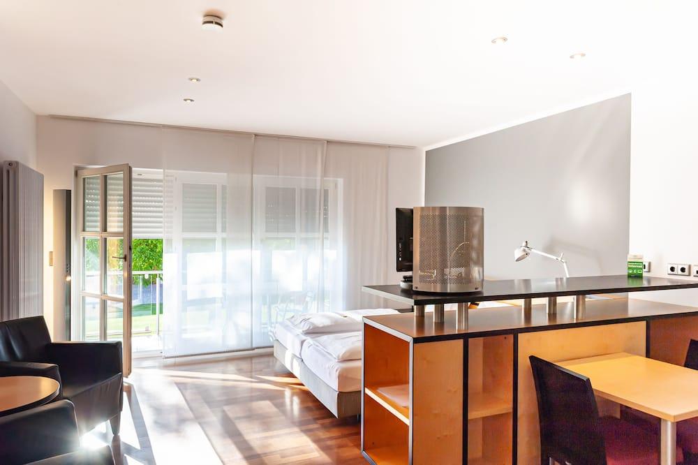 Apartment - リビング エリア