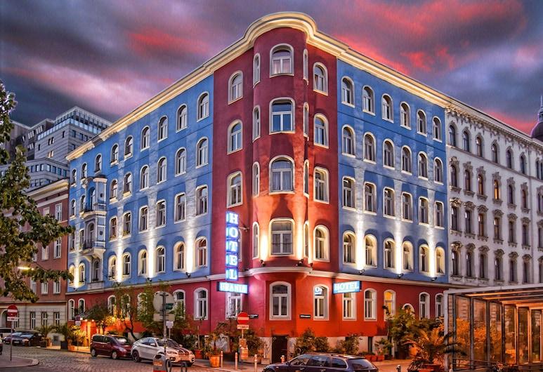 Hotel Urania, Viena
