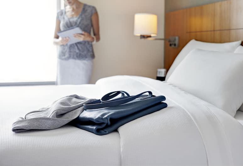鳳凰城/梅薩君悅酒店, 購物城, 客房, 2 張加大雙人床, 無障礙, 浴缸, 客房