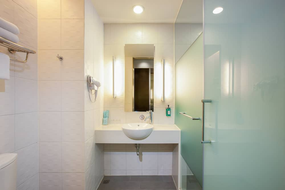 Standard Room, 2 Twin Beds (Taichung Park View) - Bathroom