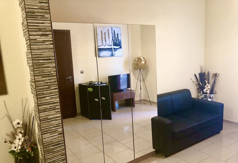 Paradice Hotel Luxury Suites, Chania, Deluxe Suite (Family), Front of property