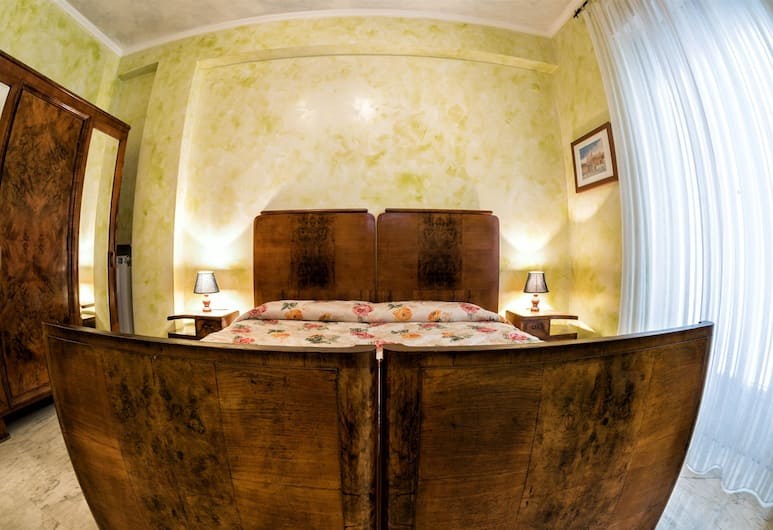 Giornate Romane, Rome, Triple Room with Shared Bathroom, Guest Room