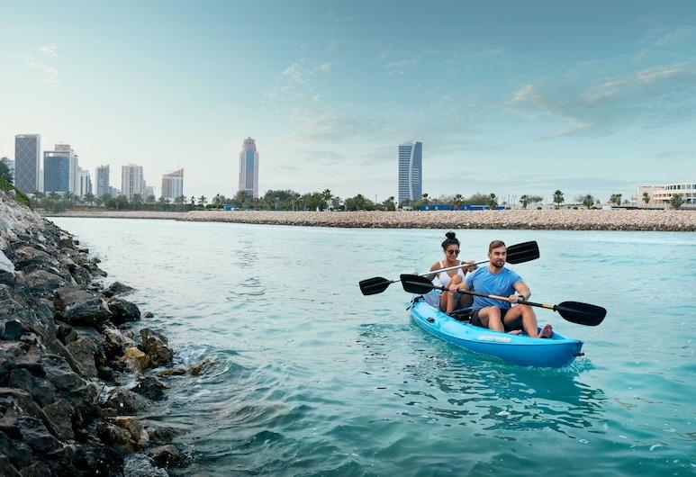 Grand Hyatt Doha, Doha, Kajakfahren