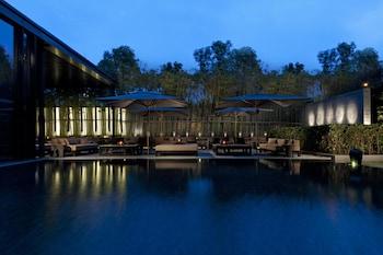 Фото The Puli Hotel And Spa у місті Шанхай