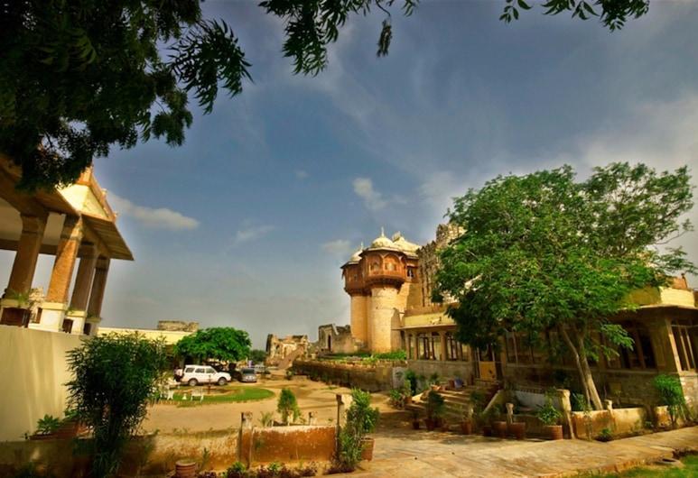 Fort Khejarla, Jodhpur, Bilara, Voorkant hotel