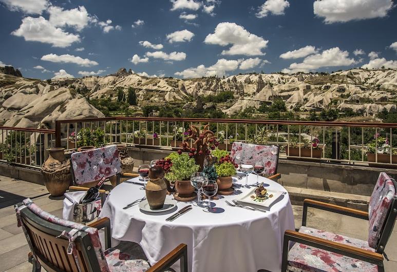 Goreme Kaya Hotel - Special Class, Nevsehir, Outdoor Dining
