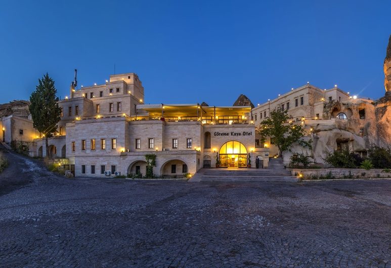 Goreme Kaya Hotel - Special Class, Nevsehir, Hotel Front – Evening/Night