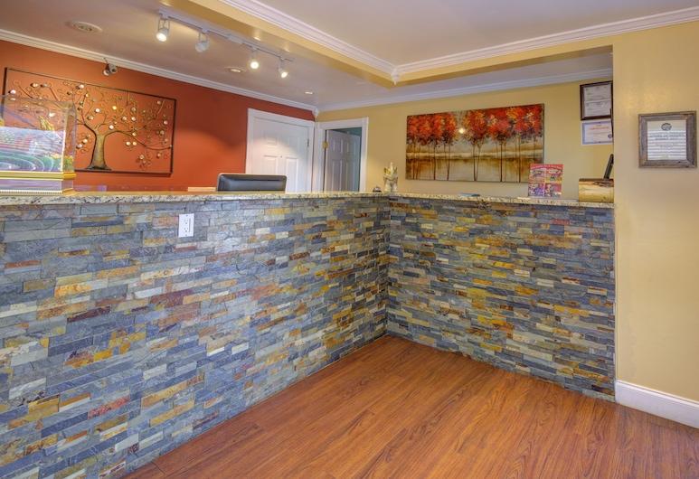 Riverview Inn & Suites, Sevierville, Recepción