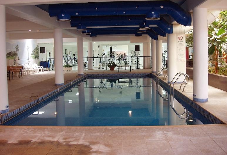 Paphiessa Hotel, פאפוס, בריכה מקורה