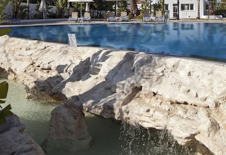 Christofinia Hotel, Ayia Napa, Välibassein