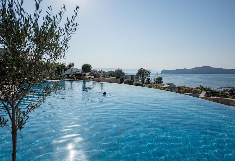 Cretan Dream Royal Hotel, Chania, Pool