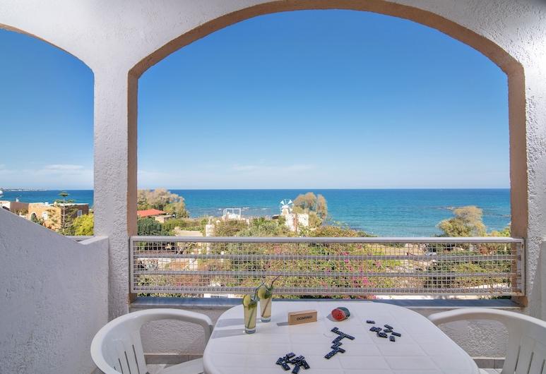 Iliostasi Beach Apartments, Hersonissos, One Bedroom Apartment with Sea view, Terasa