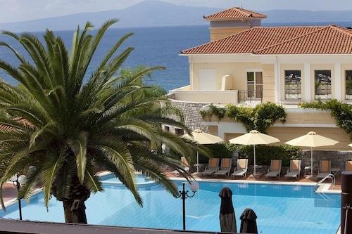 阿克提泰格托斯會議度假飯店/