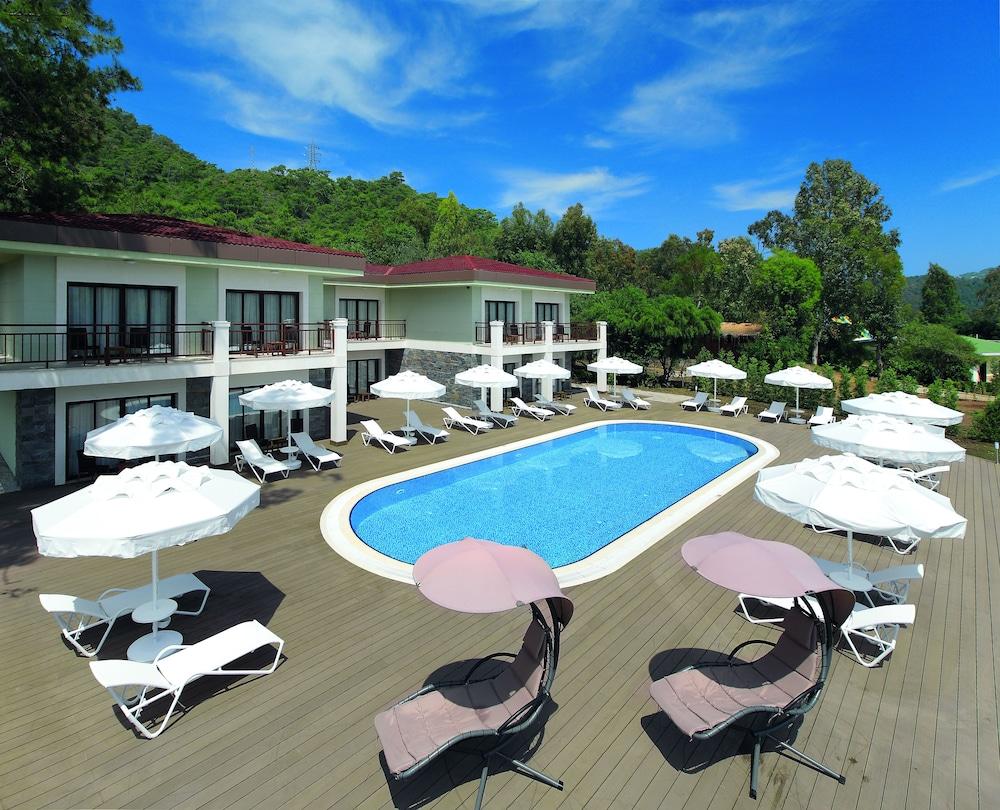 Marmaris Resort Deluxe Hotel 5 (Turkey): room description, service, reviews 40