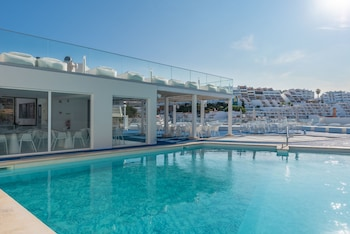 Picture of Hotel Califórnia Urban Beach – Adults only in Albufeira