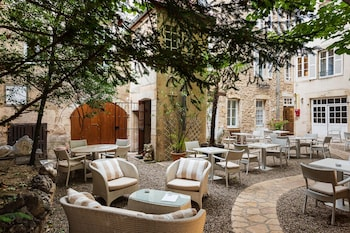 Picture of Hotel des Remparts in Beaune