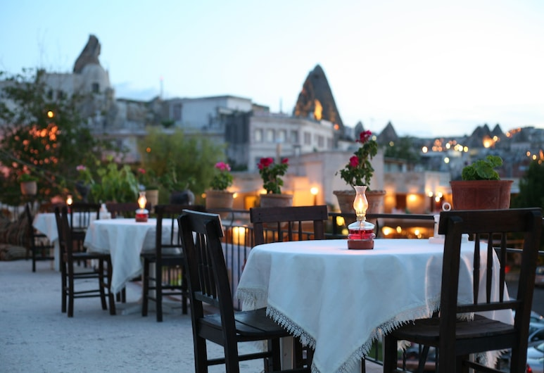 Blue Moon Cave Hotel, Nevsehir, Outdoor Dining