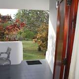 Standard Single Room, Garden View - Balcony
