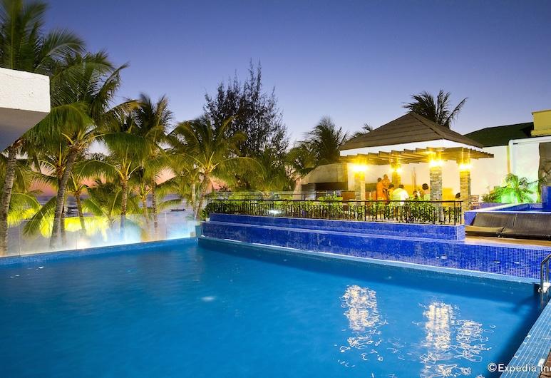 크라운 리전시 비치 리조트, Boracay Island, 수영장