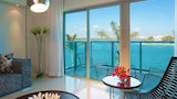 Reserve this hotel in Bal Harbour, Florida