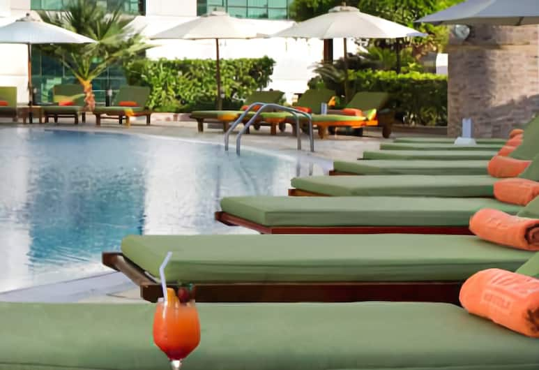 TIME Oak Hotel & Suites, Dubai, Pool