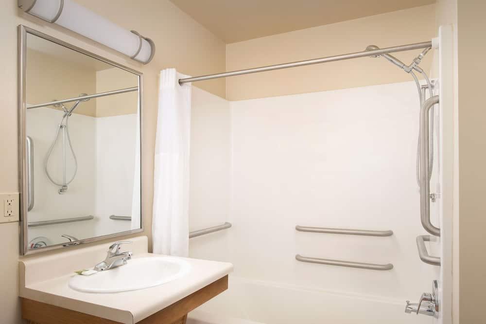 Værelse - 1 queensize-seng - handicapvenligt - ikke-ryger - Badeværelse