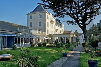 Picture of Grand Hôtel De Courtoisville & Spa in Saint-Malo