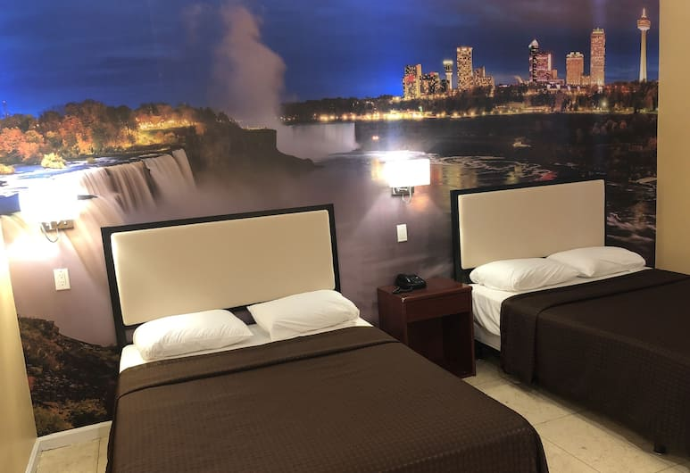 Kings Hotel, Brooklyn, Deluxe Room, 2 Double Beds, Smoking, Guest Room