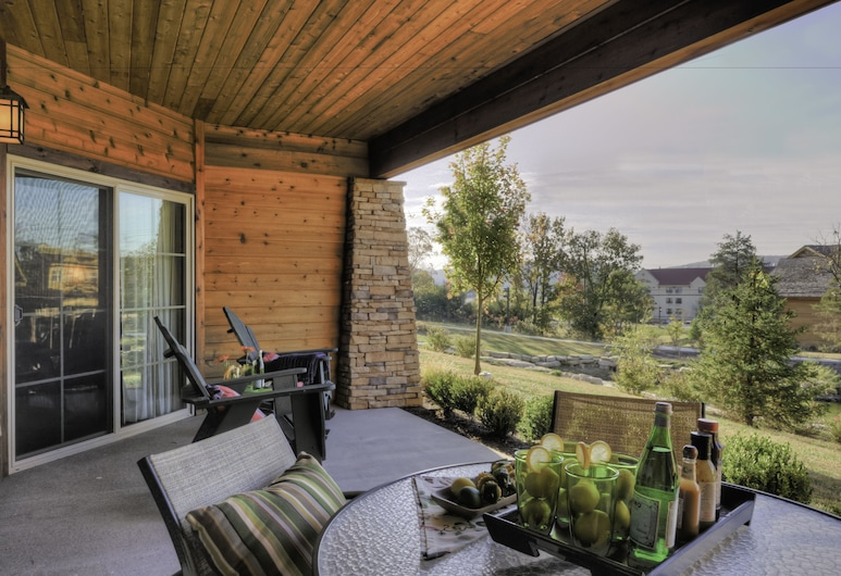 Lodges at Timber Ridge By Welk Resorts, Branson, Villa, 1 Bedroom with Kitchen, Living Room and Fireplace, Terrasse/Patio