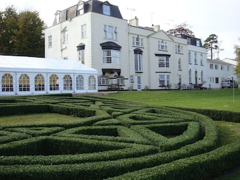 Picture of OYO Flagship Winford Manor in Bristol