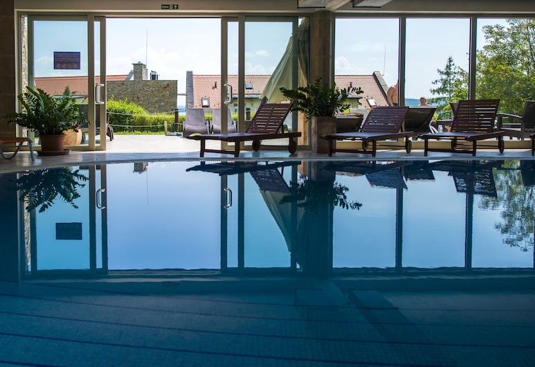 Echo Residence All Suite Hotel, Tihany, Sisäuima-allas