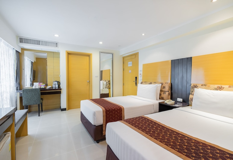Citin Pratunam Bangkok Hotel by Compass Hospitality, Bangkok, Family - Connecting Room, Guest Room