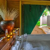 Honeymoon Tent - Bathroom