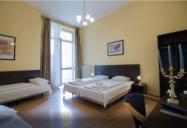 Hotel Am Stuttgarter Eck, Berlin, Triple Room, Guest Room